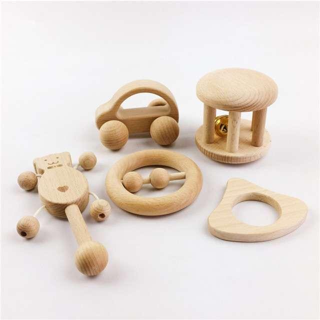 Đồ chơi Montessori bằng gỗ
